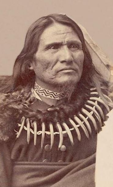 Chief Standing Bear historical photo